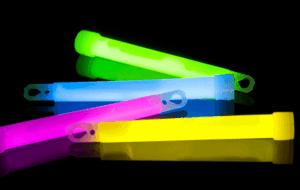 unique glow sticks 750 x 475